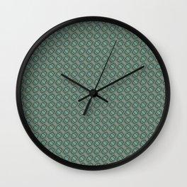 Graphic Old Fashioned Leaf Lattice Pattern Wall Clock