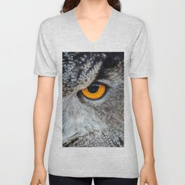 NIGHT OWL - EYE - CLOSE UP PHOTOGRAPHY - ANIMALS - NATURE Unisex V-Neck