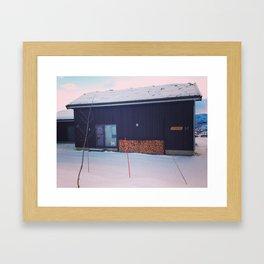 cabane de montagne Framed Art Print