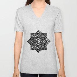 Celtic Knot Ornament Pattern Black and White Unisex V-Neck