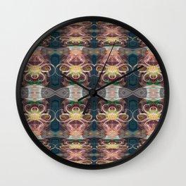 OctoSpider Elegant Stripes Wall Clock