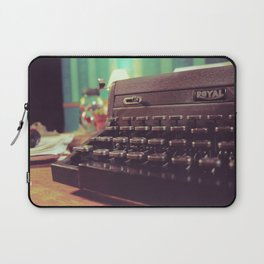 Type the Pages to Your Dream. Laptop Sleeve