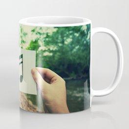 holding music note Coffee Mug
