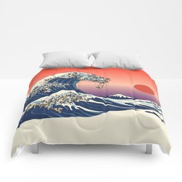 The Great Wave of Pugs / Square Comforters