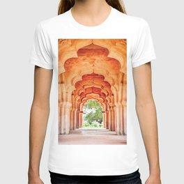 Lotus Mahal. Hampi.India. T-shirt