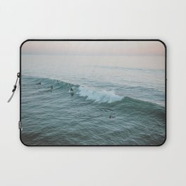 lets surf v Laptop Sleeve