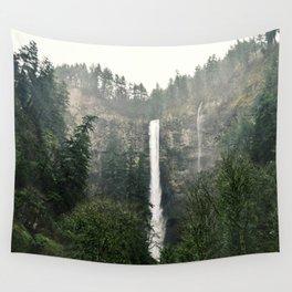 Multnomah Falls, Oregon Wall Tapestry
