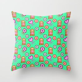 Funny happy little baby sloths, pink hearts. Sweet vintage retro lollipops. Cute green pattern. Throw Pillow