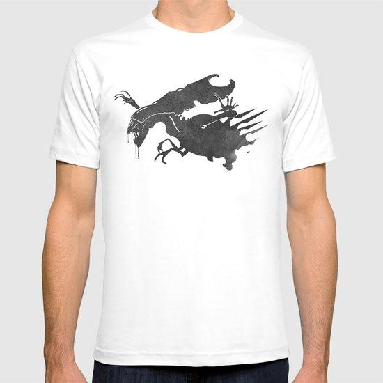 The Queen Alien T-shirt