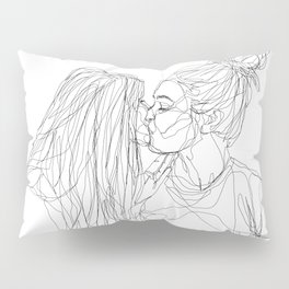 Girls kiss too Pillow Sham