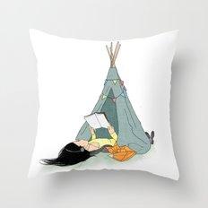 Tipisch Throw Pillow