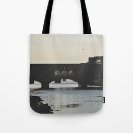 silhouettes. Tote Bag