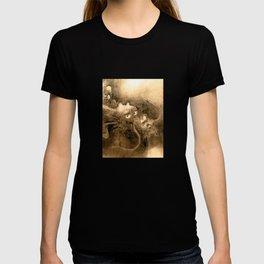 Dragon and wave,Tiger among bamboo by Kano Tannyu (1602-1674) T-shirt