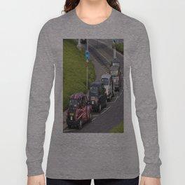 London Taxis Heathrow Airport Long Sleeve T-shirt