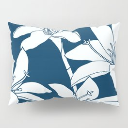 Amaryllis Floral Line Drawing, White Petals on Midnight Blue Pillow Sham