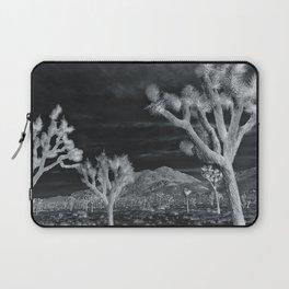 Joshua Tree InfraRed by CREYES Laptop Sleeve