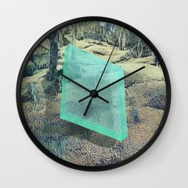 A Natural Displacement Wall Clock