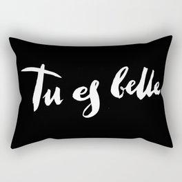 Tu est belle, black Rectangular Pillow