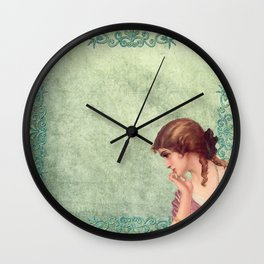 Vintage Woman Neck Gator Pretty Girl Vintage Lady Wall Clock