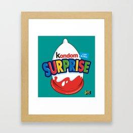 Kondom Surprise Framed Art Print