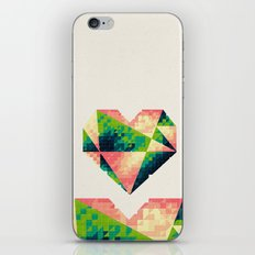 A heart is made of bits and pieces II iPhone & iPod Skin