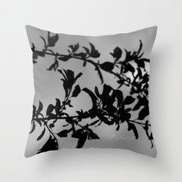 Sfumature di grigio Throw Pillow
