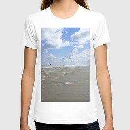 Cloudy seascape panorama T-shirt