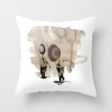 hey diddle diddle 5 Throw Pillow