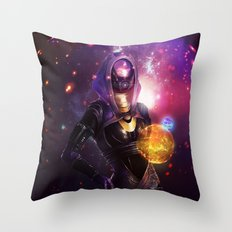Tali'Zorah vas Normandy (Mass Effect) Art Throw Pillow