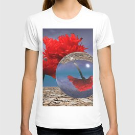 poppy and crystal ball - refraction of light T-shirt
