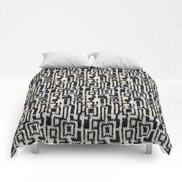 Maze Knit Comforters