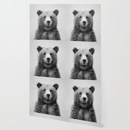 Grizzly Bear - Black & White Wallpaper