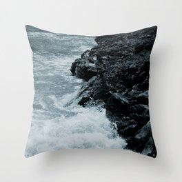 Crashing Waves On Rocks Throw Pillow