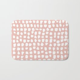 Dots / Pink Bath Mat