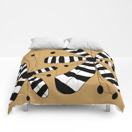 FLOWERY ZEBINA / ORIGINAL DANISH DESIGN bykazandholly Comforters