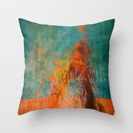 Retirantes II Throw Pillow