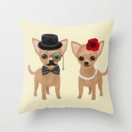 chihuahua couple Throw Pillow