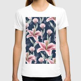 Beautiful illustration pattern pink lilly flower T-shirt
