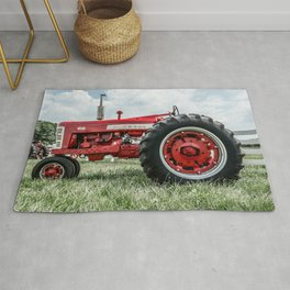 Vintage IH Farmall 450 Side View Red Tractor Rug