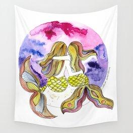 Mamá Sirena e hija Wall Tapestry
