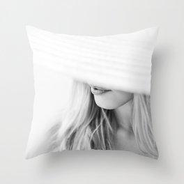 la femme Throw Pillow