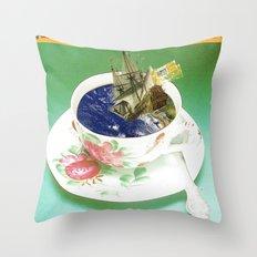Climate Change - Wait and See · (Abwarten und Tee trinken...) Throw Pillow