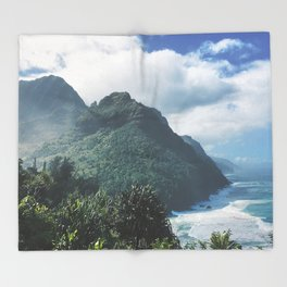 Na Pali Coast Kauai Hawaii Throw Blanket