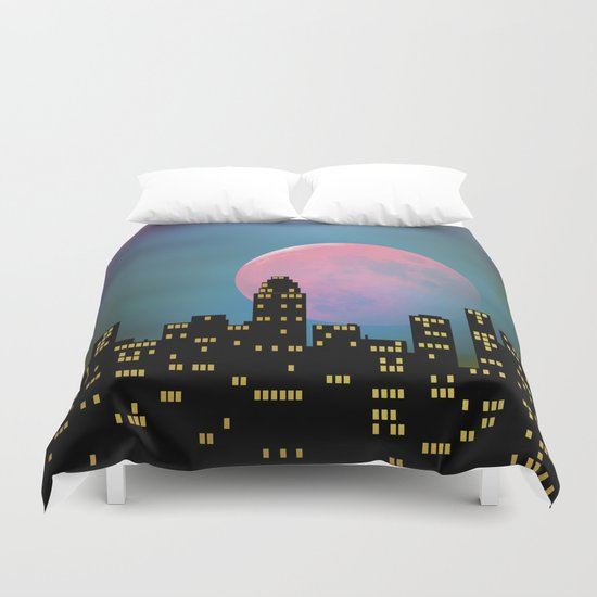 Super Moon over the City Duvet Cover