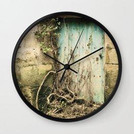 Puerta azul  Wall Clock