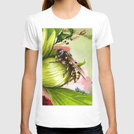 Wasp on flower 6 T-shirt