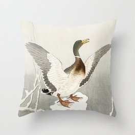 Duck in the snow  - Vintage Japanese Woodblock Print Art Throw Pillow