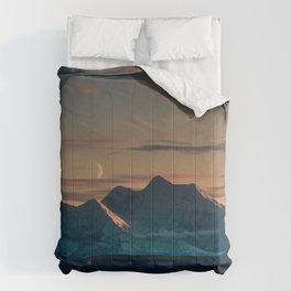 Sunset over the Alaska Range, Delta Junction Comforters