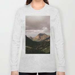 Mountain View in Big Bend National Park Long Sleeve T-shirt