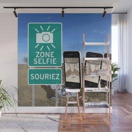 Zone Selfie - Souriez Wall Mural